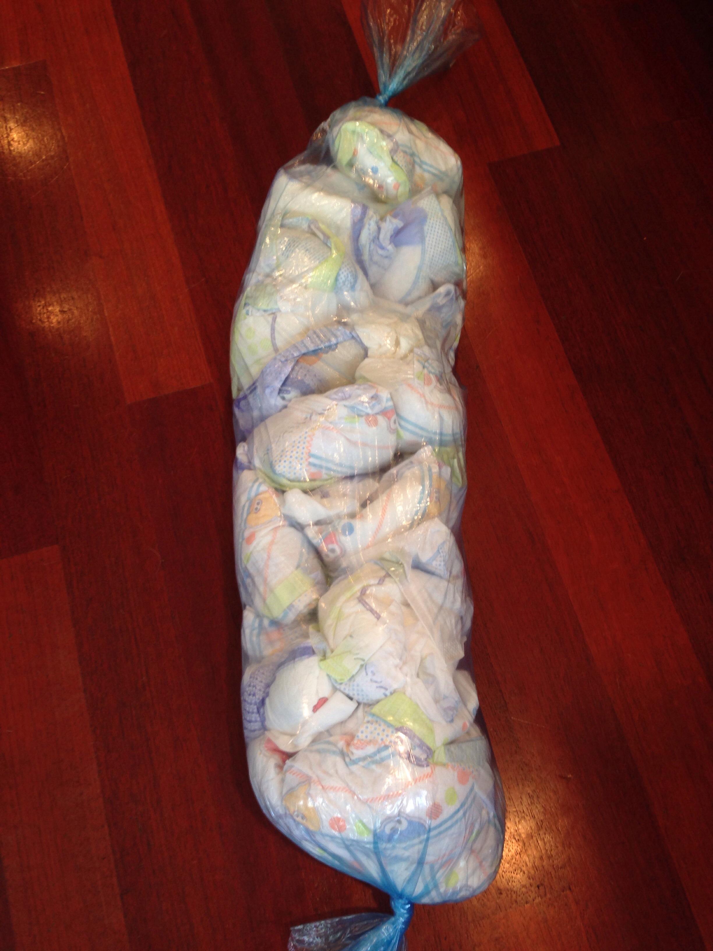 small diaper poop